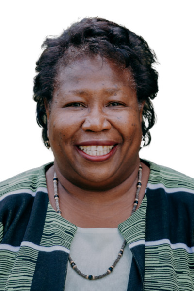 Headshot of Gloria Cox